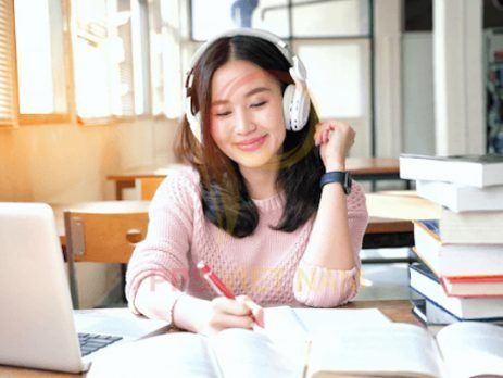 Luyện nghe tiếng Anh online